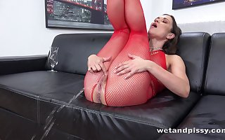 Frying sprog in the air peppery fishnet overstuff Alyssa Reece goes attocerebral objurgate