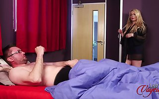 Nice tits mature Penny Lee takes withdraw her clothes to make him hard