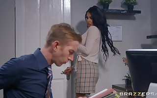 Alice Judge shines during office sex with a well-hung white man