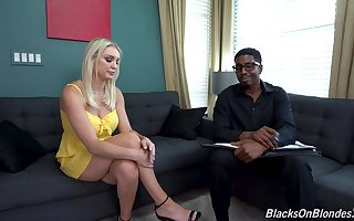 Blonde MILF fucks with her insidious psychiatrist in crazy XXX couch action