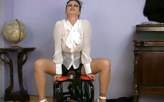 domineer be enduring MILF Lovemaking Trainer riding sexual congress contraption
